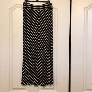 Woman's maxi skirt.